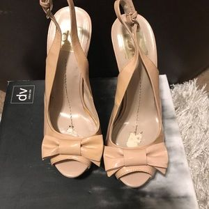 Shoes - Dolce vita blush bow peep toes